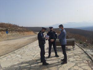 Dëmtohen shtyllat e ndriçimit publik, kontejnerët dhe asete të tjera me vlerë te Maja e Shkodranit