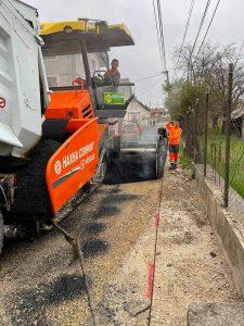 Në Mitrovicë vazhdon asfaltimi i rrugëve